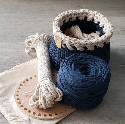 Crochet basket kit with sample