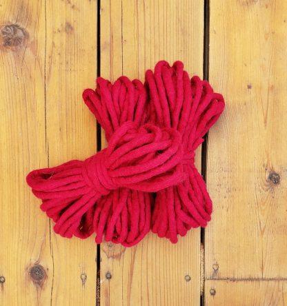Fuschia wool rope