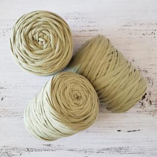 beige tshirt yarn