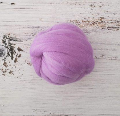Light purple wool roving