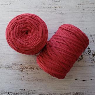 dark pink tshirt yarn