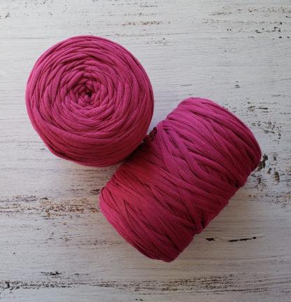 fuschia tshirt yarn