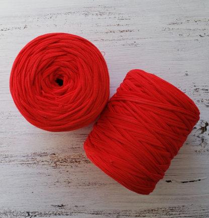 red tshirt yarn