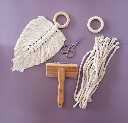 Easy macrame feather